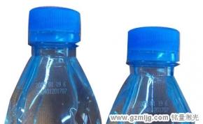 饮料瓶,矿泉水瓶,塑料瓶上面激光打标生产日期,批号